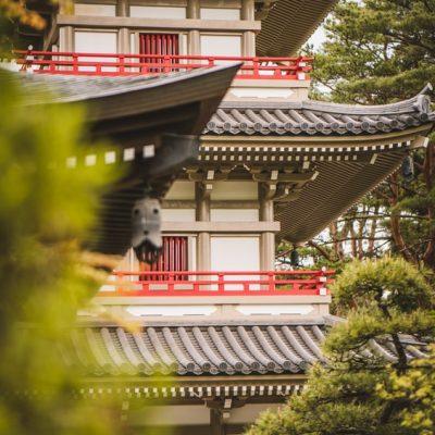 仏教の紹介と大きな寺院の建設への影響