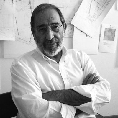 有名な建築家、アルヴァロ・シザ